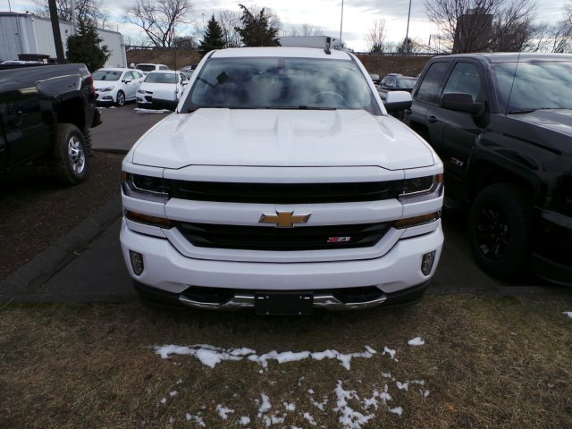 2017 Silverado 1500 Crew Cab 4x4, Pickup #C274709 - photo 4