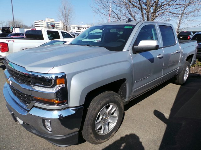 2017 Silverado 1500 Crew Cab 4x4, Pickup #C303738X - photo 4