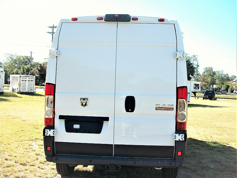 2018 ProMaster 2500 High Roof 4x2,  Empty Cargo Van #101189 - photo 5