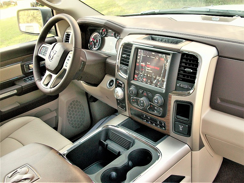 2018 Ram 1500 Crew Cab 4x4, Pickup #103041 - photo 22