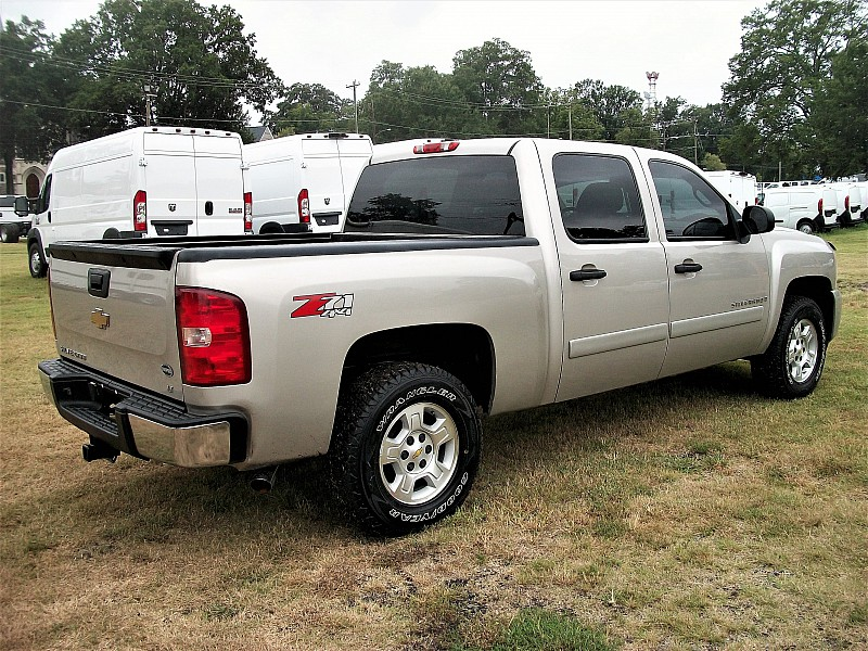 2008 Silverado 1500 Crew Cab 4x4 Pickup #107942 - photo 11