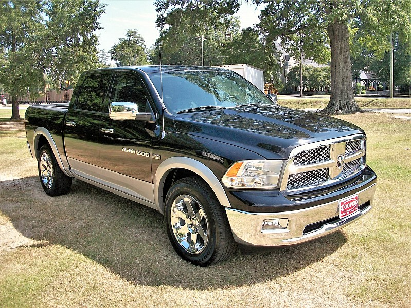 2012 Ram 1500 Crew Cab 4x2,  Pickup #109035 - photo 4