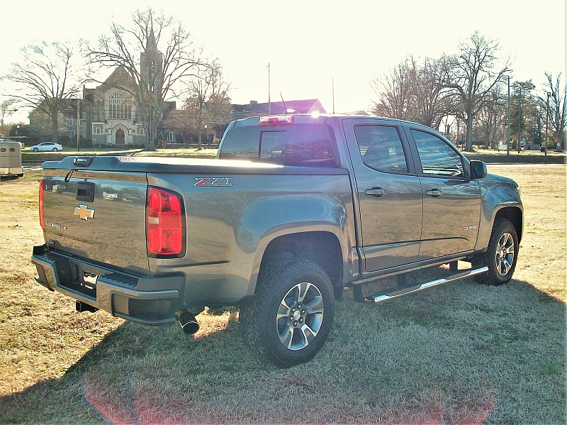 2018 Colorado Crew Cab 4x2,  Pickup #117168 - photo 3
