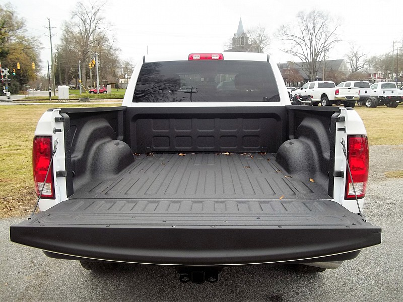 2016 Ram 1500 Quad Cab 4x4, Pickup #118407 - photo 10