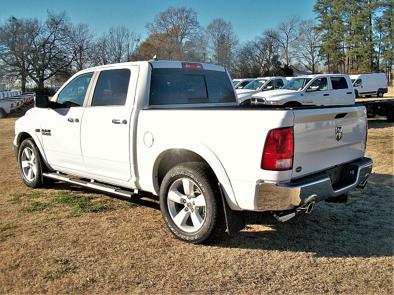 2018 Ram 1500 Crew Cab 4x2,  Pickup #123628 - photo 2