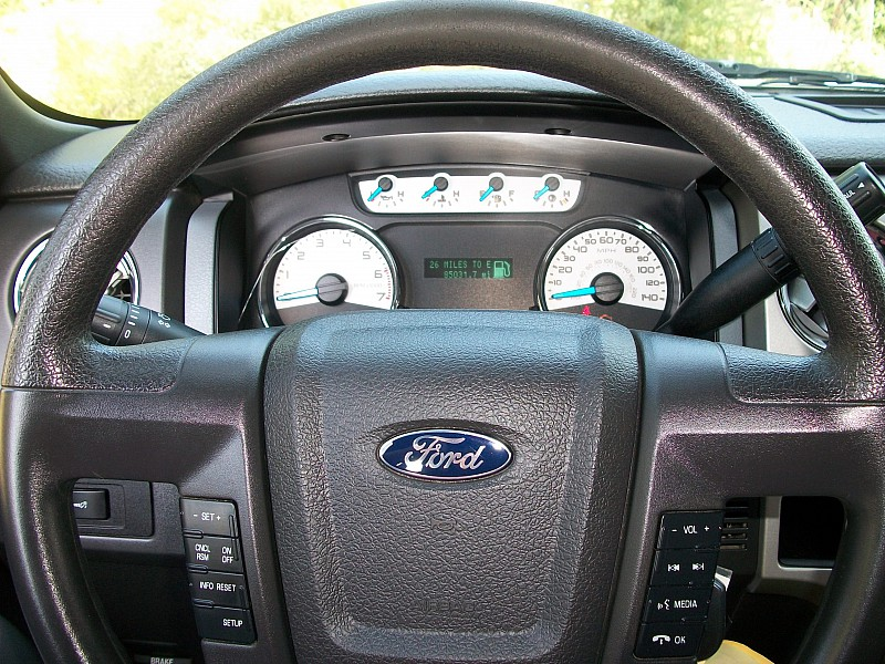 2014 F-150 SuperCrew Cab 4x4,  Pickup #13707 - photo 23