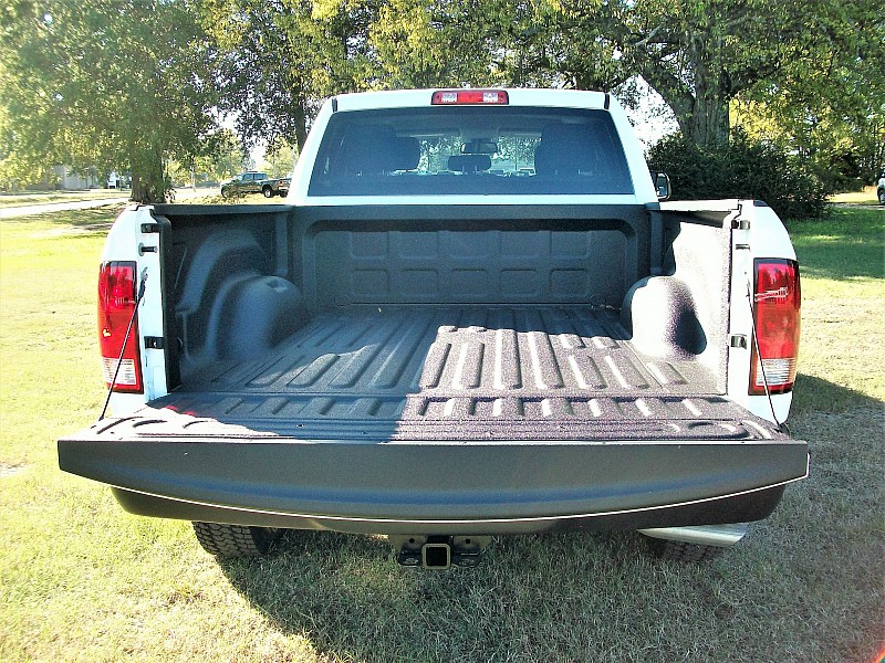 2018 Ram 1500 Crew Cab 4x4 Pickup #137411 - photo 11