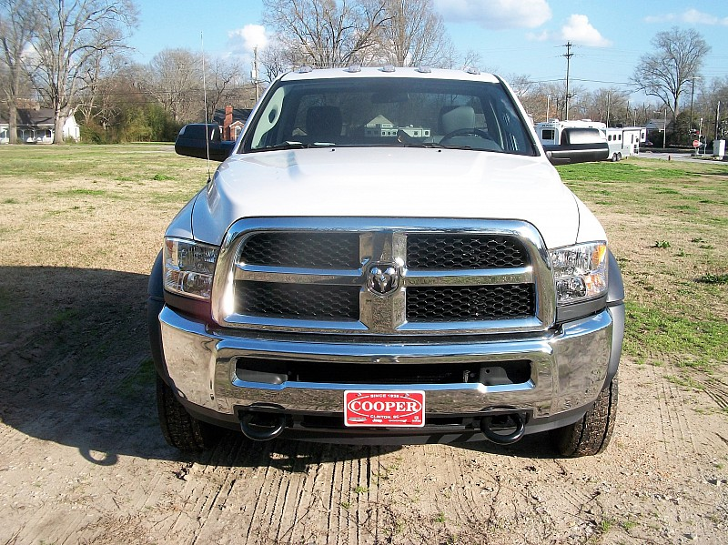 2018 Ram 4500 Regular Cab DRW 4x2,  Cab Chassis #164509 - photo 25
