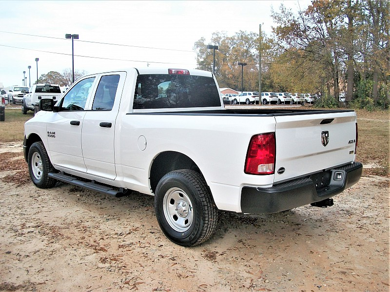 2018 Ram 1500 Quad Cab 4x4 Pickup #164996 - photo 2