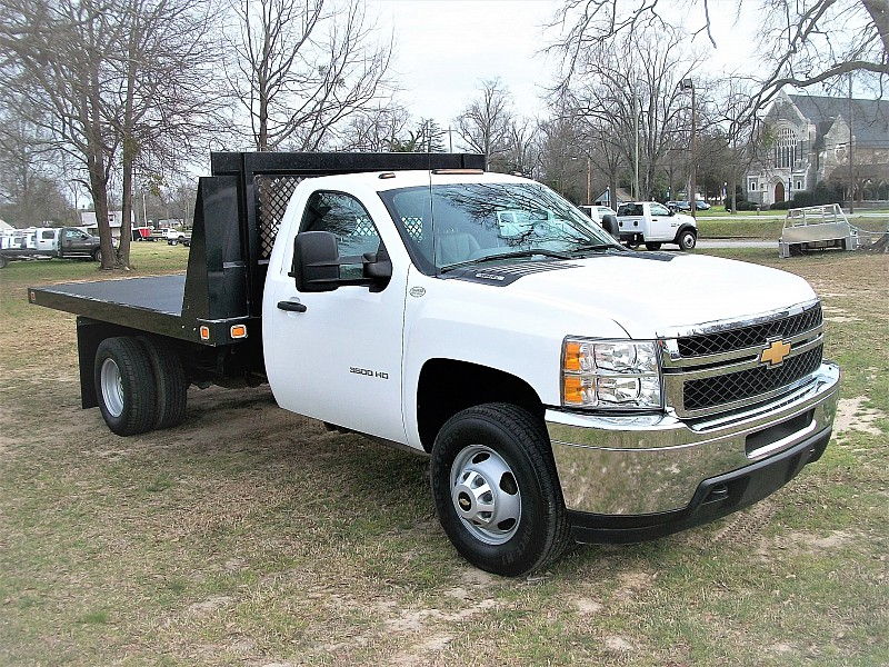 2012 Silverado 3500 Regular Cab, Platform Body #165216 - photo 11