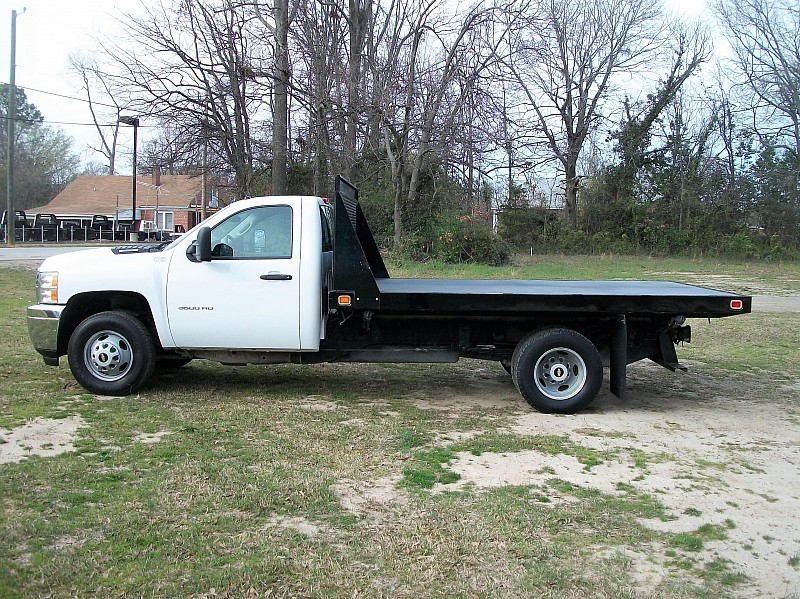 2012 Silverado 3500 Regular Cab, Platform Body #165216 - photo 12