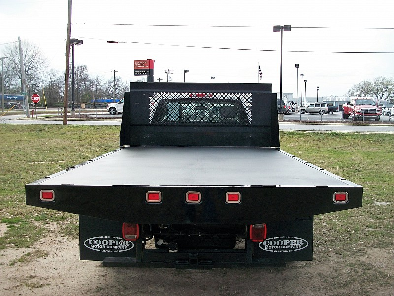 2012 Silverado 3500 Regular Cab, Platform Body #165216 - photo 3