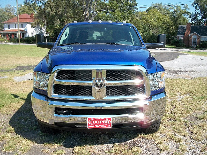 2016 Ram 2500 Crew Cab 4x4, Pickup #173316 - photo 5