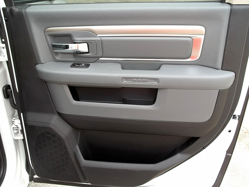 2014 Ram 2500 Crew Cab, Pickup #187880 - photo 16