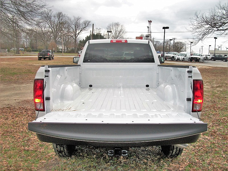 2018 Ram 2500 Regular Cab, Cab Chassis #189088 - photo 6