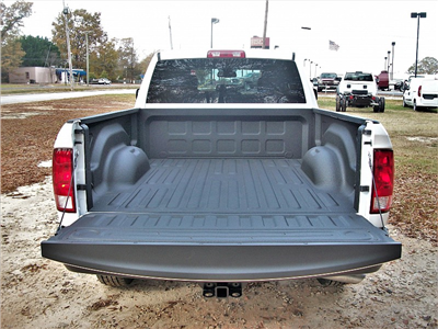 2018 Ram 1500 Quad Cab 4x4, Pickup #191392 - photo 9