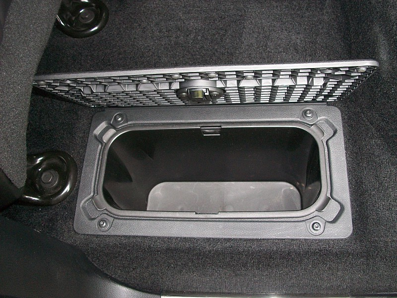 2014 Ram 1500 Crew Cab 4x2,  Pickup #211660 - photo 10