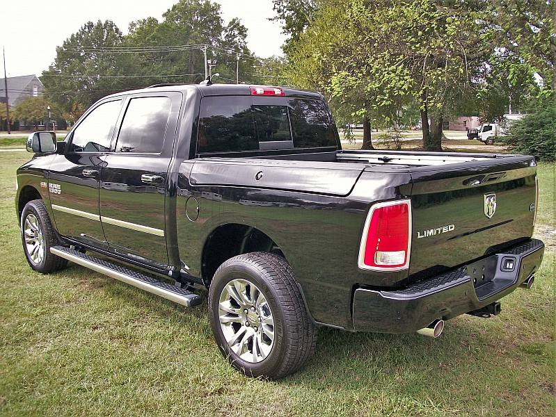 2014 Ram 1500 Crew Cab 4x2,  Pickup #211660 - photo 2