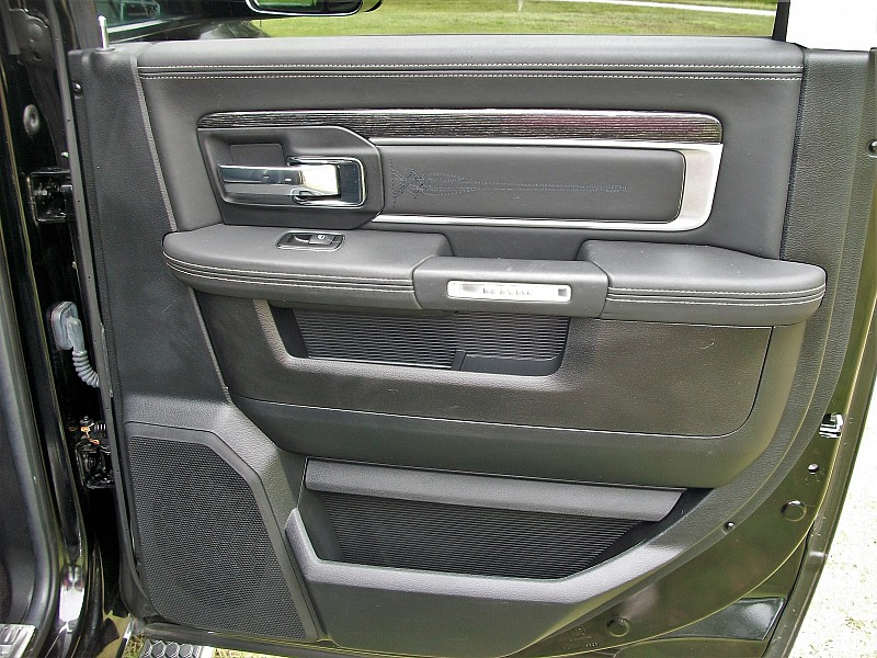 2014 Ram 1500 Crew Cab 4x2,  Pickup #211660 - photo 21
