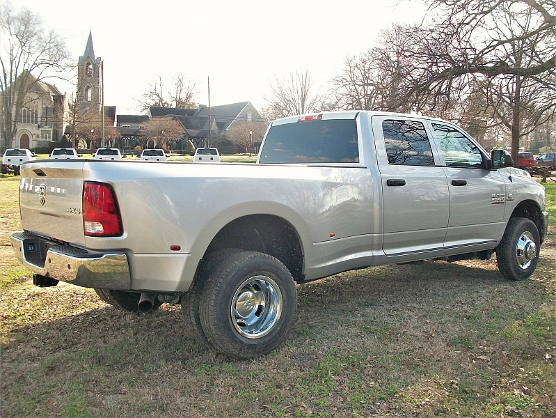 2018 Ram 3500 Crew Cab DRW 4x4, Pickup #212639 - photo 14