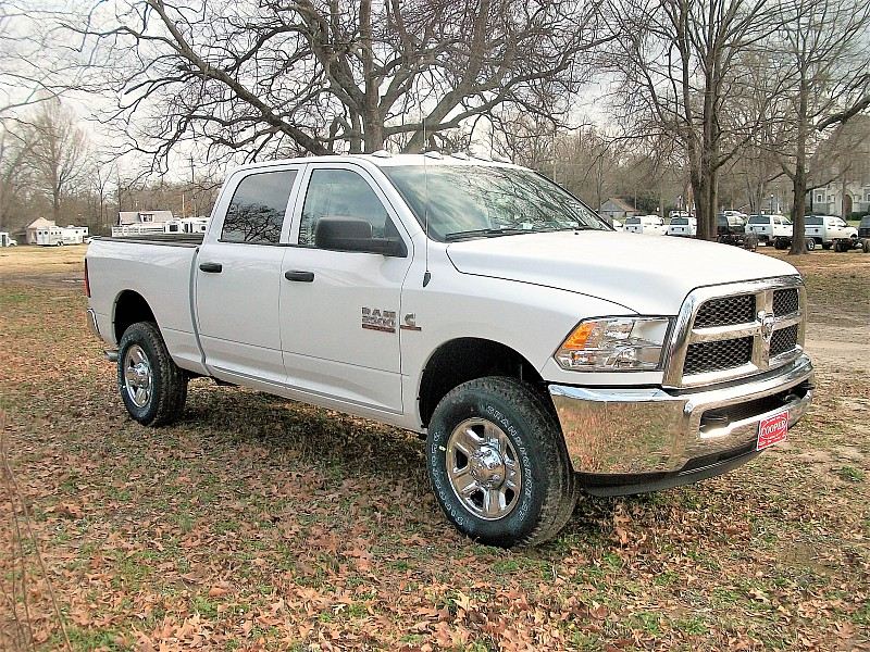 2018 Ram 2500 Crew Cab 4x4, Pickup #217045 - photo 18