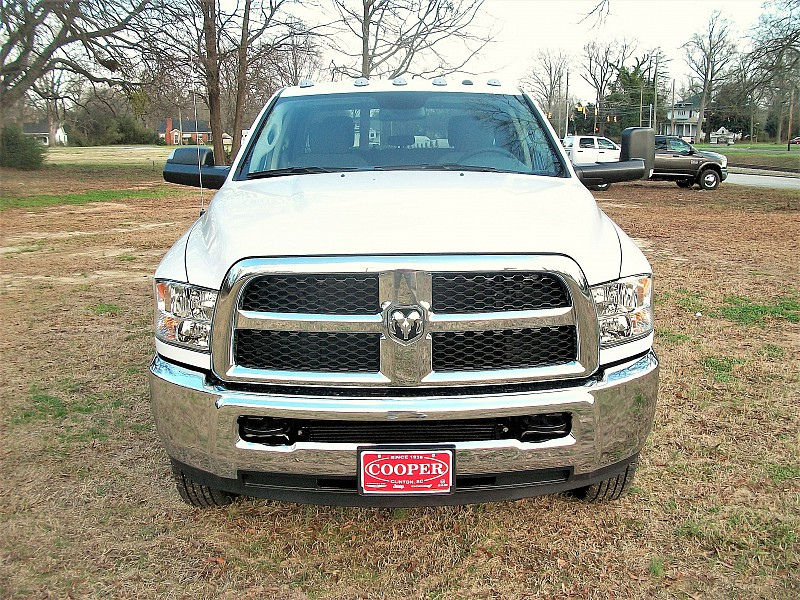 2018 Ram 3500 Crew Cab DRW 4x4, Pickup #220918 - photo 36