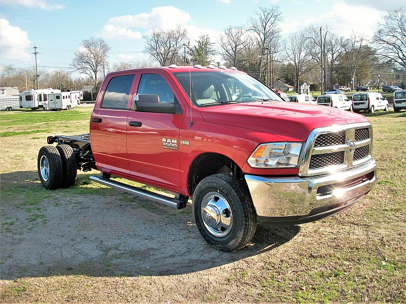 2018 Ram 3500 Crew Cab DRW,  Cab Chassis #221108 - photo 17