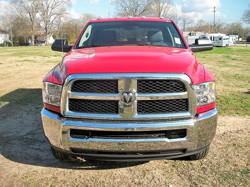 2018 Ram 3500 Crew Cab DRW,  Cab Chassis #221108 - photo 32
