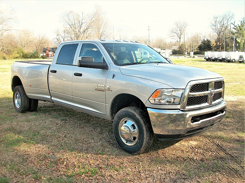 2018 Ram 3500 Crew Cab DRW 4x4, Pickup #221834 - photo 18