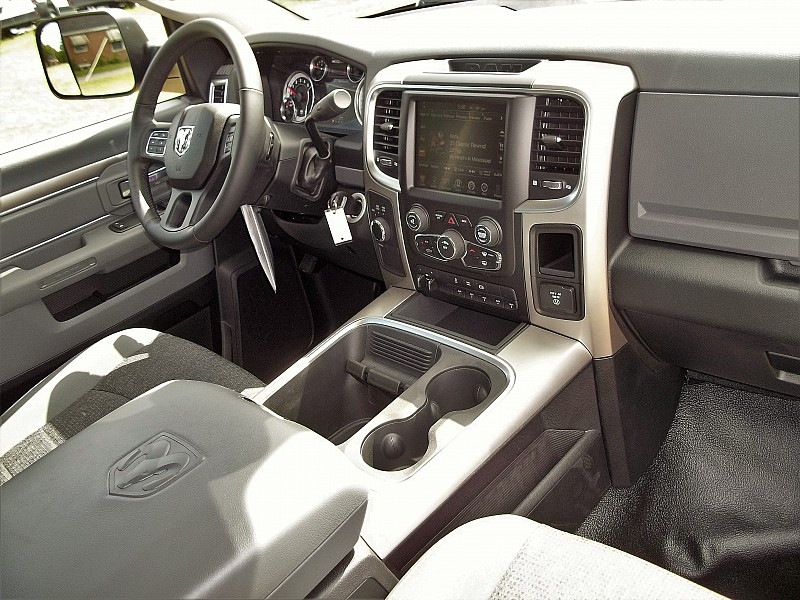 2016 Ram 5500 Regular Cab DRW 4x4, Other/Specialty #231992 - photo 3