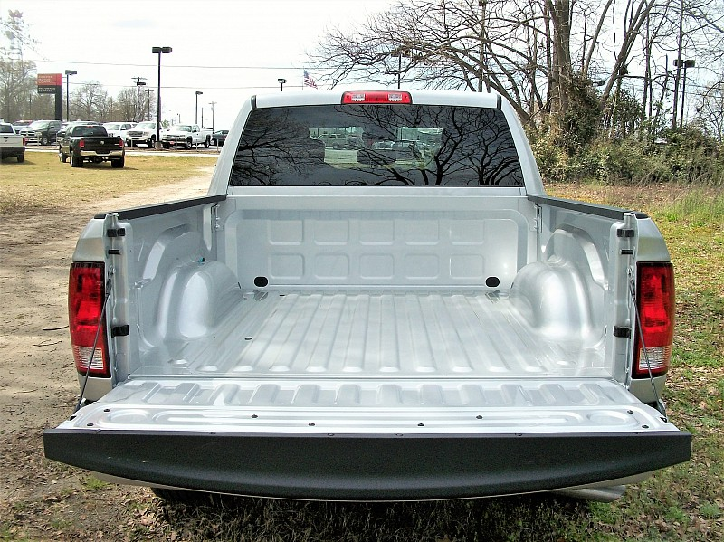 2018 Ram 1500 Crew Cab 4x2,  Pickup #250575 - photo 10