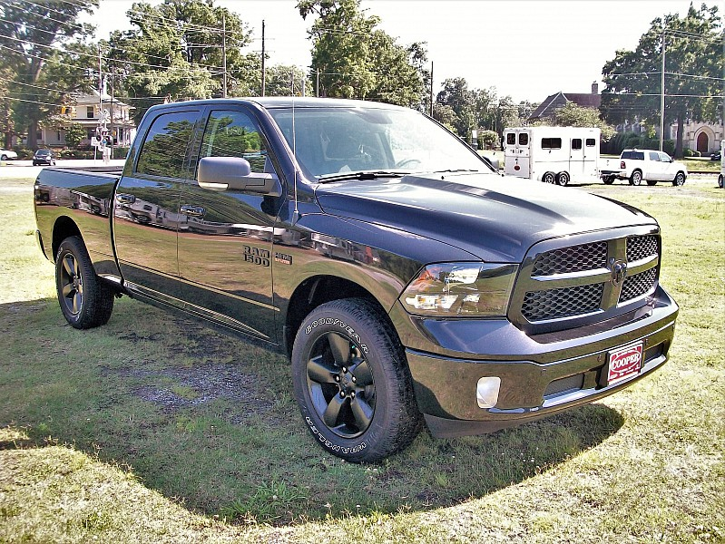 2018 Ram 1500 Crew Cab 4x4,  Pickup #260754 - photo 18