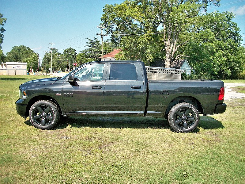 2018 Ram 1500 Crew Cab 4x4,  Pickup #260754 - photo 19