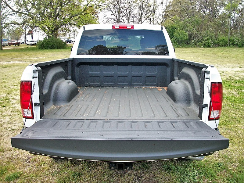 2018 Ram 1500 Quad Cab, Pickup #263034 - photo 10