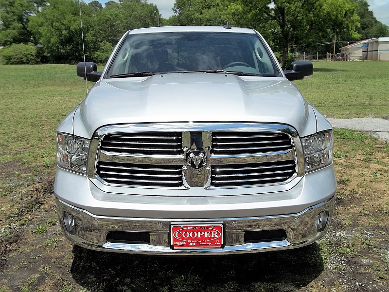 2016 Ram 1500 Crew Cab, Pickup #289528 - photo 9