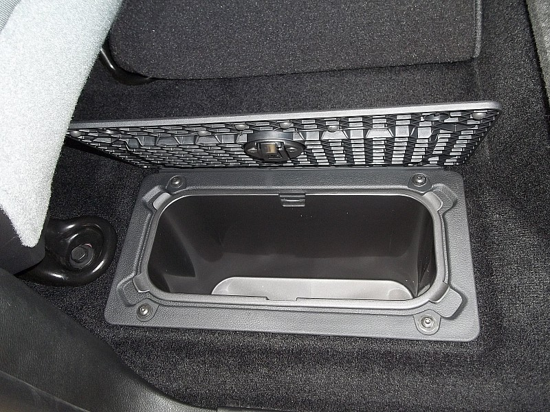 2016 Ram 1500 Crew Cab, Pickup #289529 - photo 8