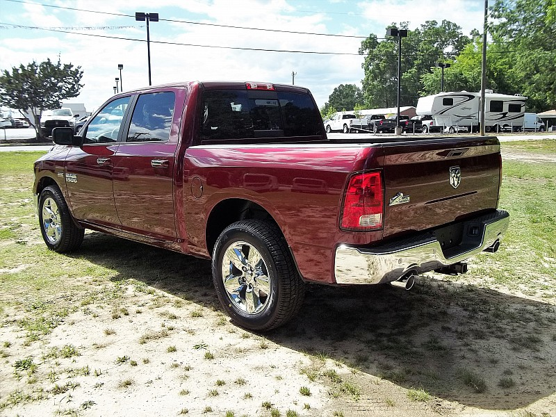 2016 Ram 1500 Crew Cab, Pickup #289529 - photo 2