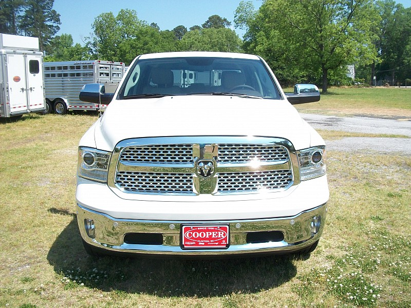 2018 Ram 1500 Crew Cab 4x4, Pickup #294303 - photo 42