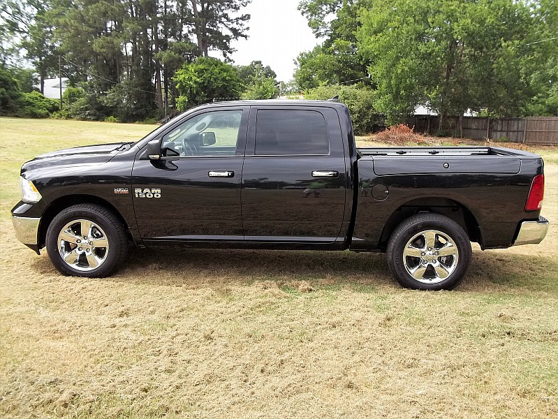 2016 Ram 1500 Crew Cab 4x4, Pickup #313734 - photo 22