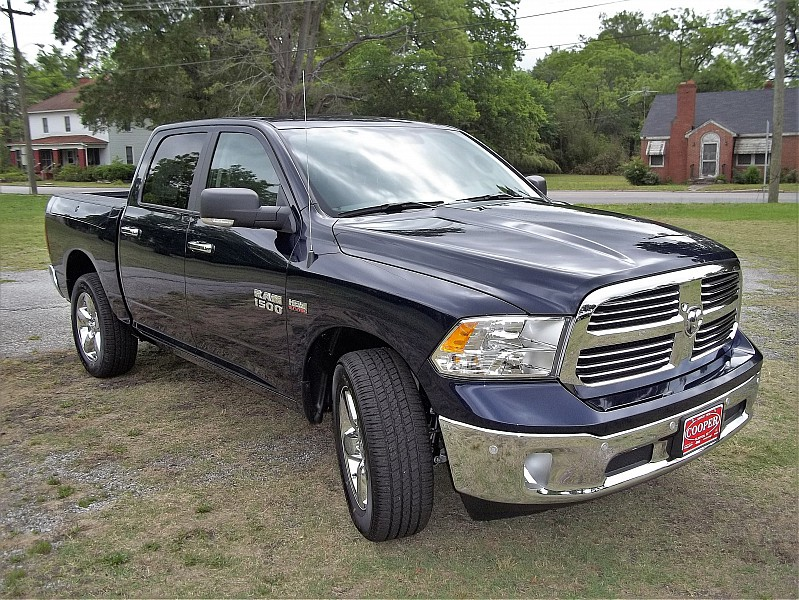 2016 Ram 1500 Crew Cab 4x4, Pickup #313735 - photo 25