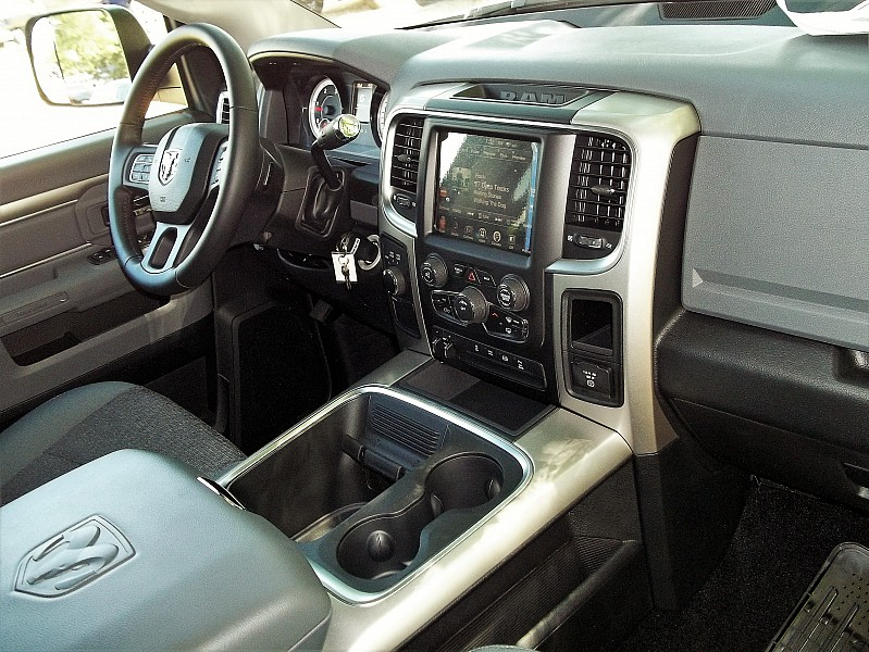 2016 Ram 2500 Crew Cab 4x4, Pickup #315093 - photo 16