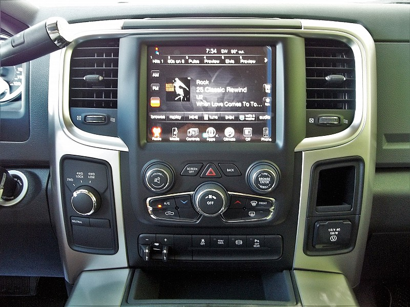 2016 Ram 2500 Crew Cab 4x4, Pickup #315093 - photo 27