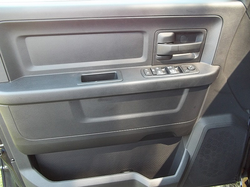 2016 Ram 1500 Crew Cab 4x4, Pickup #326976 - photo 19