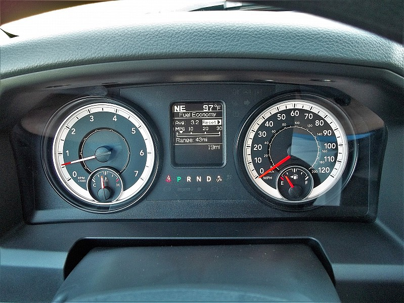 2016 Ram 1500 Crew Cab 4x4, Pickup #326976 - photo 21