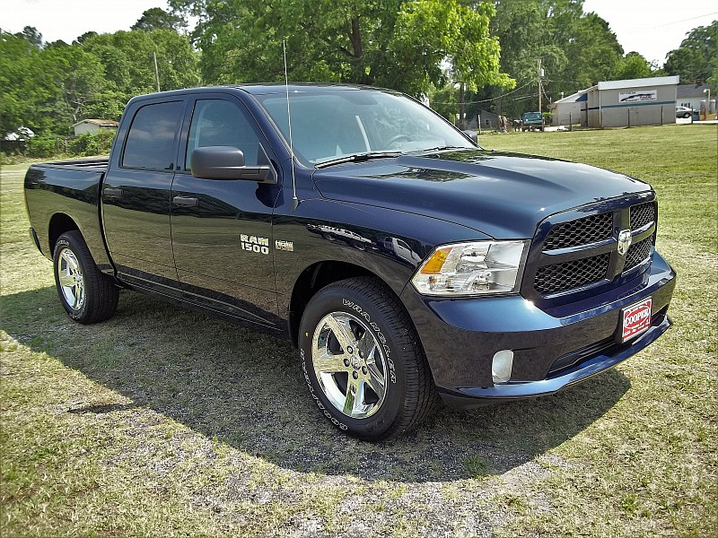 2016 Ram 1500 Crew Cab, Pickup #338646 - photo 18