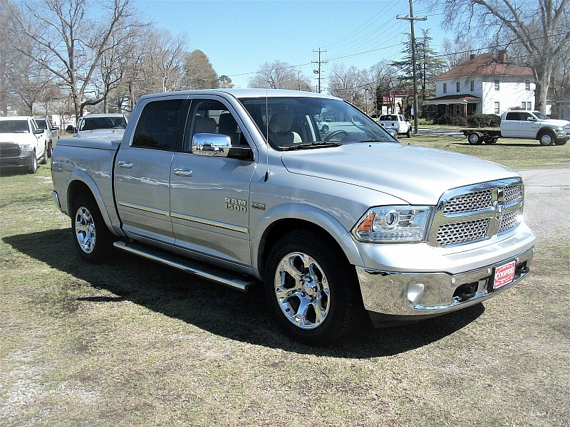 2014 Ram 1500 Crew Cab, Pickup #356401 - photo 26