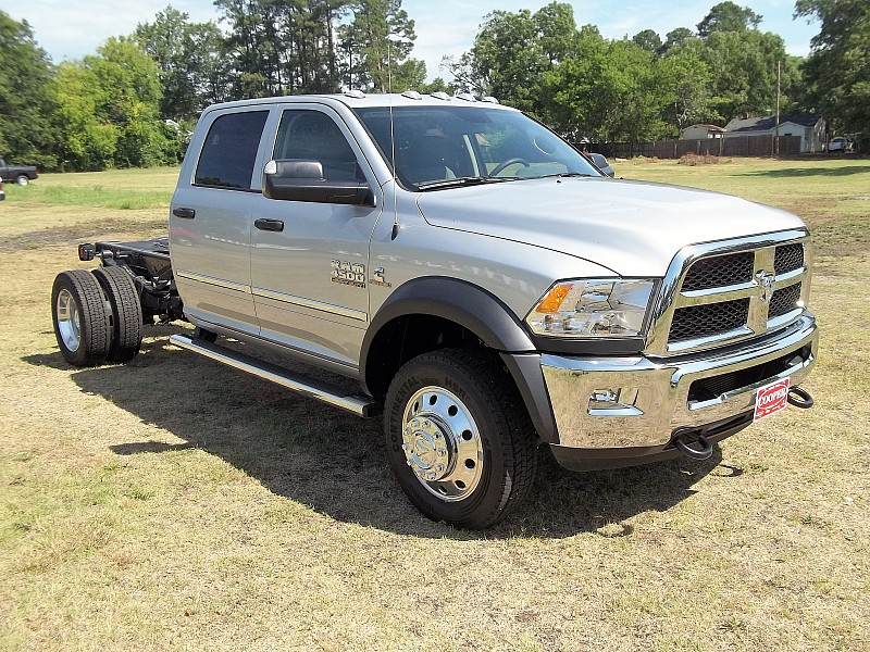 2016 Ram 4500 Crew Cab DRW, Cab Chassis #358652 - photo 17