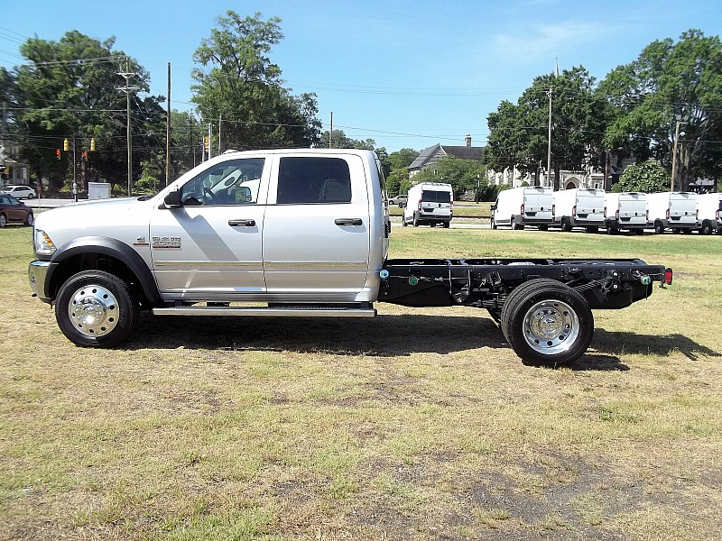 2016 Ram 4500 Crew Cab DRW, Cab Chassis #358652 - photo 18