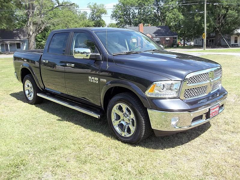 2016 Ram 1500 Crew Cab 4x4, Pickup #363627 - photo 24