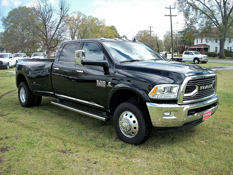 2016 Ram 3500 Crew Cab DRW 4x4, Pickup #365554 - photo 28